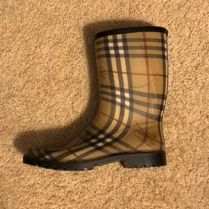 Authentic Burberry rain boots